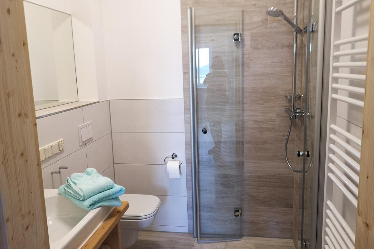 Badezimmer 3 mit Dusche